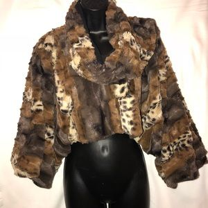 Jackets & Blazers - Pullover cropped faux fur jacket